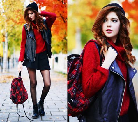 Get From The High For Autumnwinter by リュックも赤だと アウトドアスタイルがこなれた感じになります マストバイ 赤のバッグ が万能すぎて困る 海外