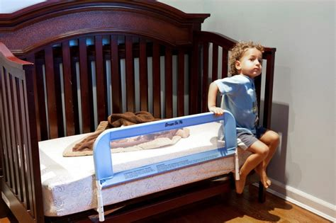 Transition Baby From Bed To Crib by 5 Best Convertible Crib Bed Rail Ensure Safety While