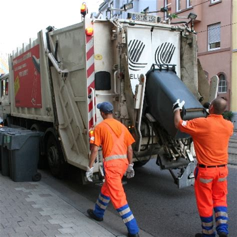 M Llabfuhr Auto by St 228 Dtische Reinigungs Und Entsorgungsfahrzeuge D 252 Rfen