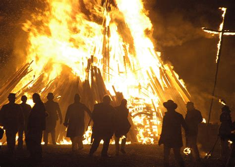 Bonfire In Lewes five of the best fireworks displays for bonfire