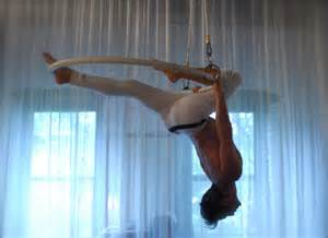 swing salon nyc trapeze artist turns nyc home into salon ny daily news