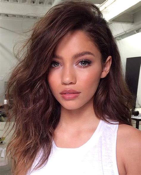 natural hairstyles brunette natural no makeup makeup and loose waves beauty