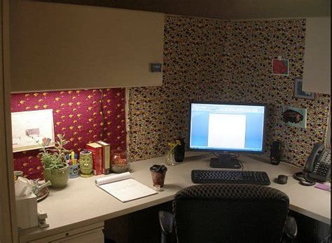 how to make your office cozy haleigh s blog office cubicle decorating thrifty ways to