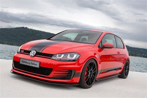 volkswagen golf gti vw apprentices unwrap 380ps golf gti wolfsburg edition at