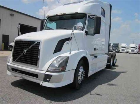 2008 volvo semi truck volvo 670 2008 sleeper semi trucks