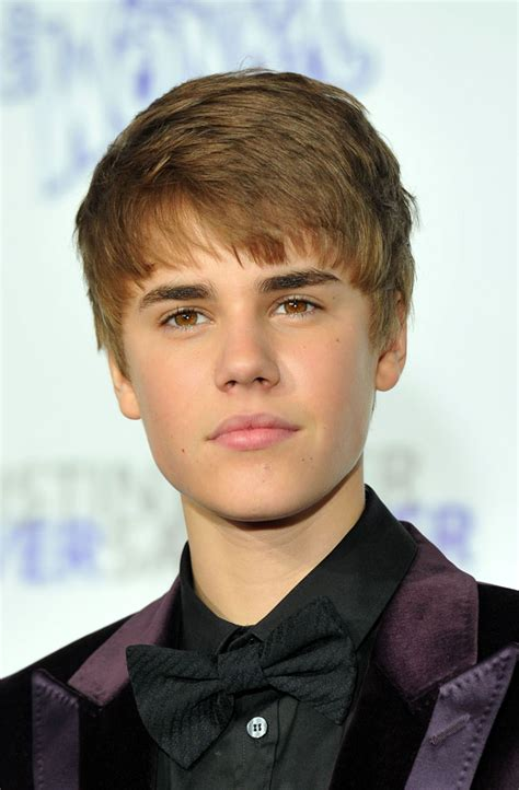 biography justin bieber justin bieber biography pictures and biography