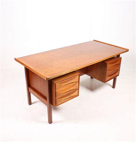 Free Standing Teak Desk 1960s For Sale At 1stdibs Free Standing Desks