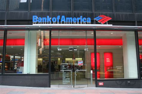 what does bank what to do when a bank collapses wsj