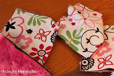 Quilting With Minky Tutorials by Minky Rag Quilt Tutorial The Crafty Stalker