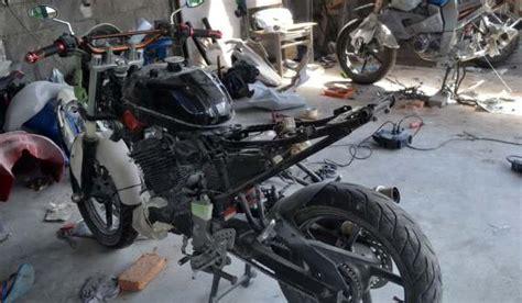 Bengkel Modif Byson Di Surabaya by Balu Oto Work Bengkel Modifikasi Motor Milik Pak Dosen