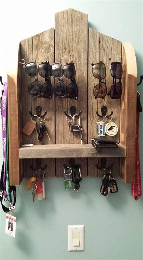 25 best ideas about key holders on pinterest key hook best 25 key holders ideas on pinterest diy key holder