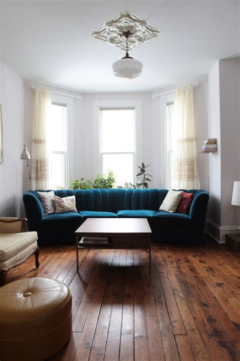 bay window couch a bay and gable home in ontario s arts culture hub