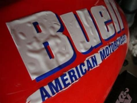 Buell Tankaufkleber by Buell Forum Bubbles In Buell Tank Sticker