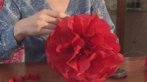 fiori con carta velina costruire fiori di carta fiori di carta