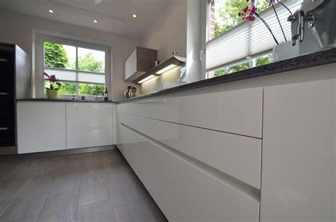 allmilmö küchen preise wohnzimmereinrichtung eiche dunkel