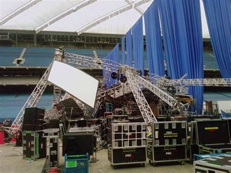 thumper pond roof collapse pictures detroit rigging collapse blue room technical forum
