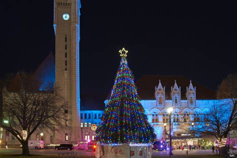 christmas lights in st louis missouri festival of lights at union station this weekend ushers in
