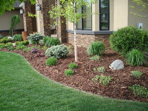 Landscaping Mulch Ideas Learn The Ideas To Apply Best Mulch For Landscaping Homesfeed