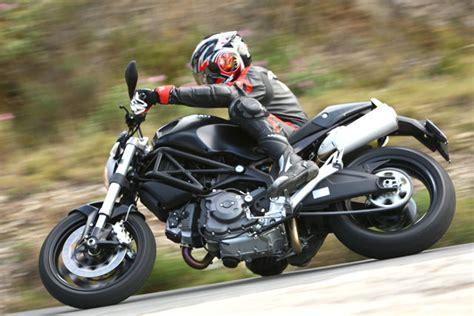 Motorrad Ducati Monster 696 by Ducati Monster 696 Testbericht