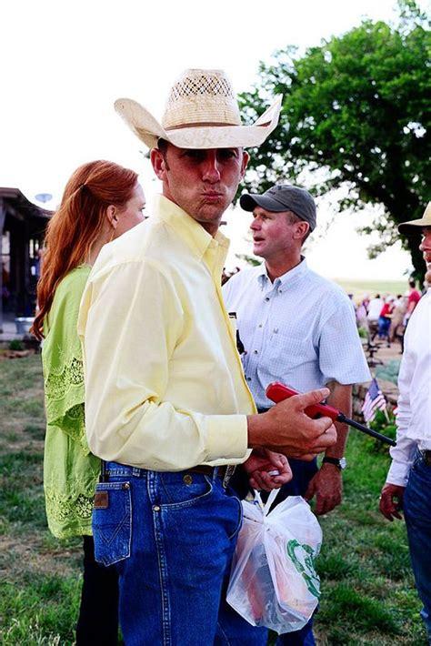 pioneer woman cowboy josh wedding cowboy josh ree and tim ladd s brother ree drummond