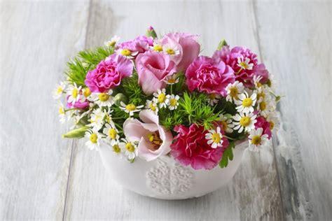 fiori freschi centrotavola durano a lungo donnad
