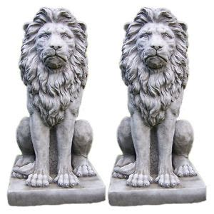 Solar Patio Light Large Proud Lion Statue Pair Stone Garden Ornament Patio