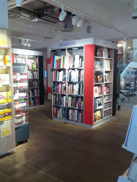 libreria mondadori a roma 9 best mondadori libreria roma images on