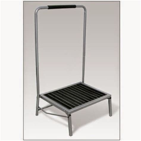 Step Stool For Elderly by Step Stool With Handle For Elderly Myideasbedroom