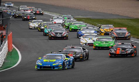 Lamborghini Rennen by Postiglione And Cecotto Win Race 1 Of The Lamborghini