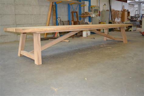 tavoli per cucina in legno sedie grigie e tavolo in legno