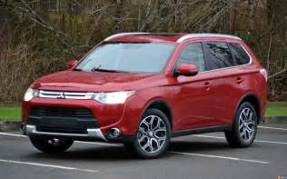 Mitsubishi Outlander 2015 The 2015 Mitsubishi Outlander Has A Powerful Engine And