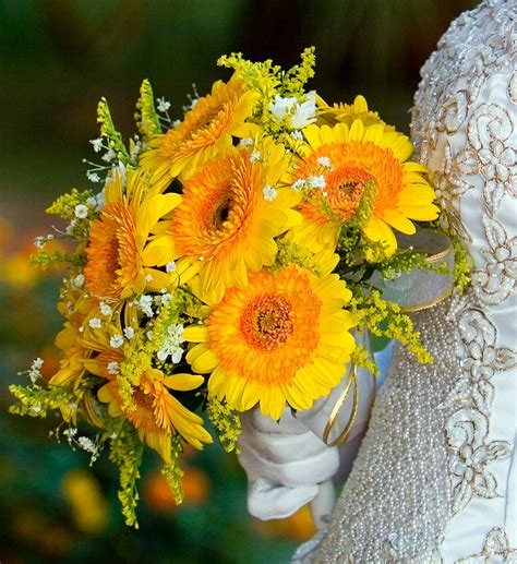 Wedding Bouquet Yellow by Yellow Flowers Bouquet Www Imgkid The Image Kid