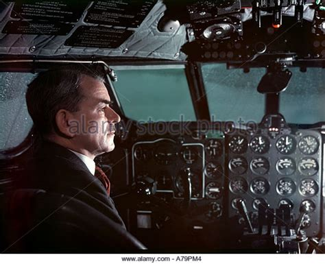 frank whittle and the invention of the jet icon science books frank whittle stock photos frank whittle stock images