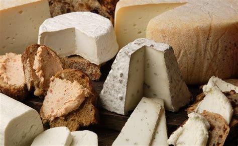 alimenti con poco colesterolo formaggi magri formaggi con poco colesterolo assolatte