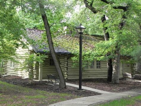 State Parks In Illinois With Cabins by Our Cabin Picture Of Starved Rock State Park Utica