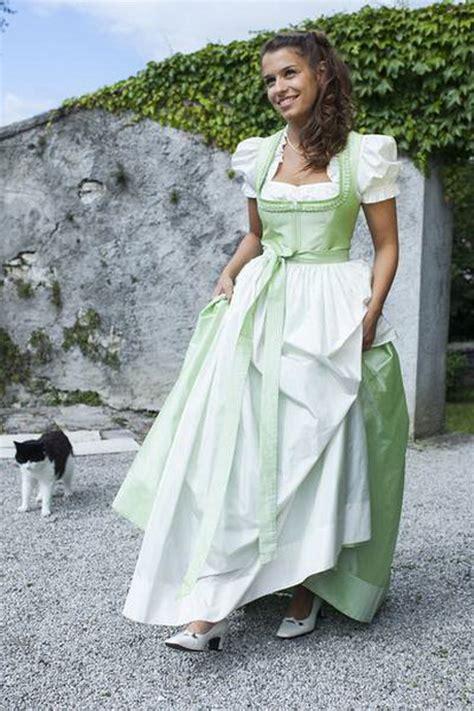 Brautkleider Tracht by Brautkleider Tracht