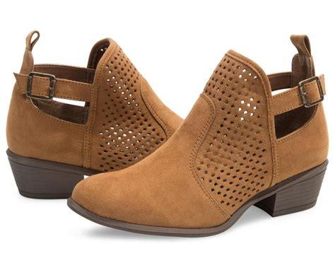 coppel zapatos catalogo otono invierno 88 botas de dama coppel botas lady sun negras