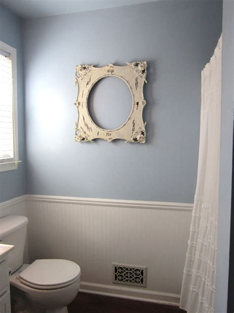 bathroom pictures to hang on wall easiest way to hang pictures