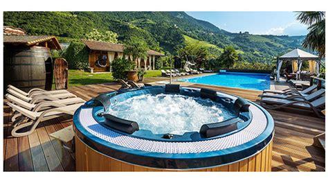 ingrosso arredo giardino poltrone e salotti da giardino per bordo piscina ingrosso