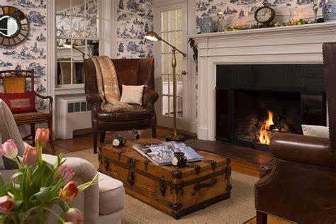 the chart room cape cod 100 the chart room cape cod 4 bedroom cape monument homeaway buzzards bay flights
