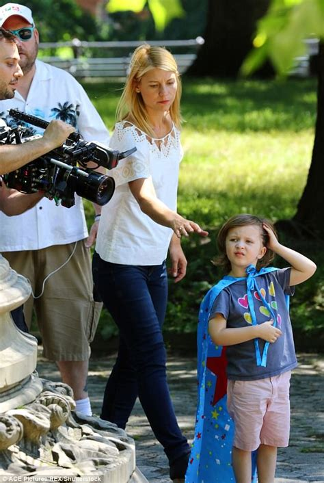 claire danes star movie claire danes and onscreen son film a kid like jake daily