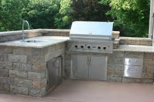 Backyard Pizza Oven Kits Outdoor Kitchens And Bbq Surrounds Traditional