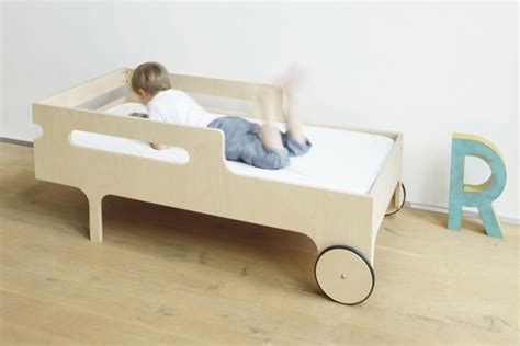 age for toddler bed at what age is best to buy your little one their first bed