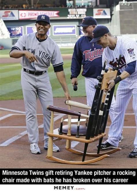 Baseball Bat Meme - 35 most funniest baseball meme photos and images