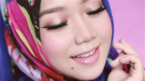 Make Up Shop Indonesia make up lebaran colourful eye look by cheryl raissa the shop indonesia