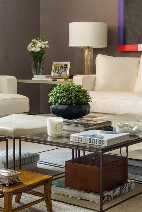 decorar mesas de living detalhe decor por dado castello branco living mesa