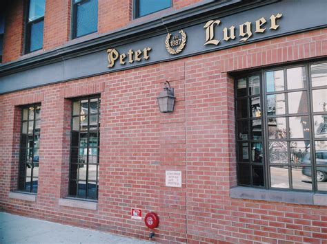 peter luger steak house new york peter luger steak house brooklyn newyork usa keyifname