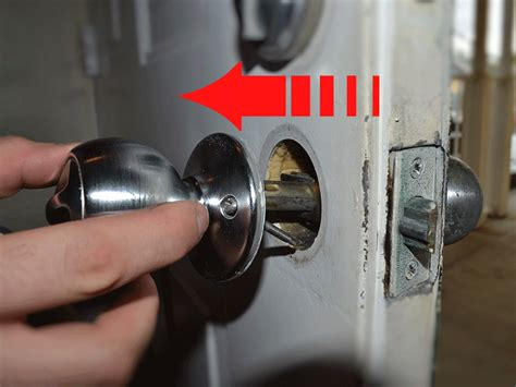 Door Knob Removal by How To Replace A Door Knob Diy With Pictures