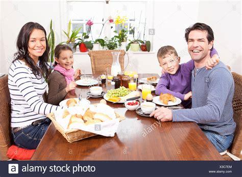 kommerzielle esszimmer tische dining room stockfotos dining room bilder alamy