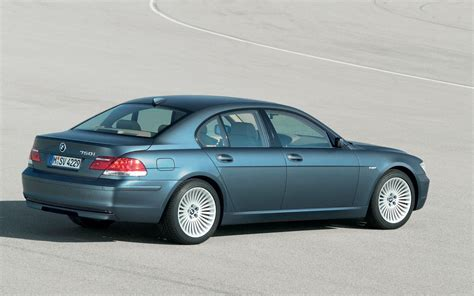 how cars run 2011 bmw 7 series transmission control nhtsa investigates bmw 7 series for transmission and roll away issue
